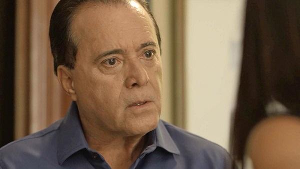 Olavo exige que Laura deixe Gabriel em paz (Imagem: Reprodução/TV Globo)