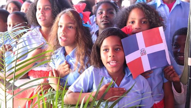 Hoy inicia el año escolar en República Dominicana
