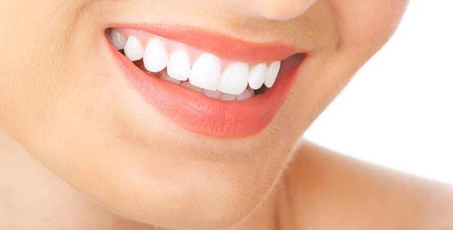 Cara Memutihkan Gigi Dengan Whitelight Si Alat Pemutih Gigi Yang