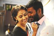 Rayudu movie Stills-thumbnail-13