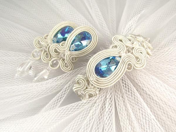 46060325 Komplet ślubny sutasz ivory z niebieskimi kryształami. fot. PiLLow Design