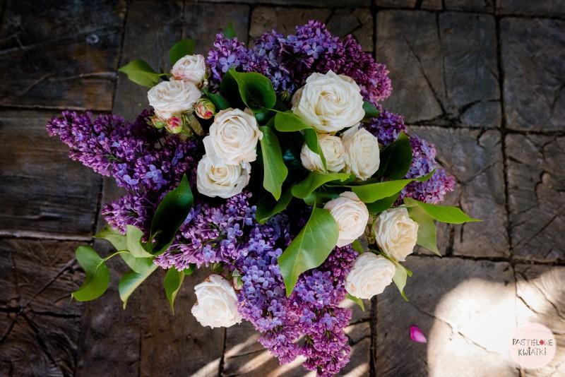Pastelowe Kwiatki Pracownia Florystyczna Bukiet Z Bzu I Róży