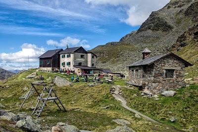 Rifugio Pio XI Weisskugelhütte