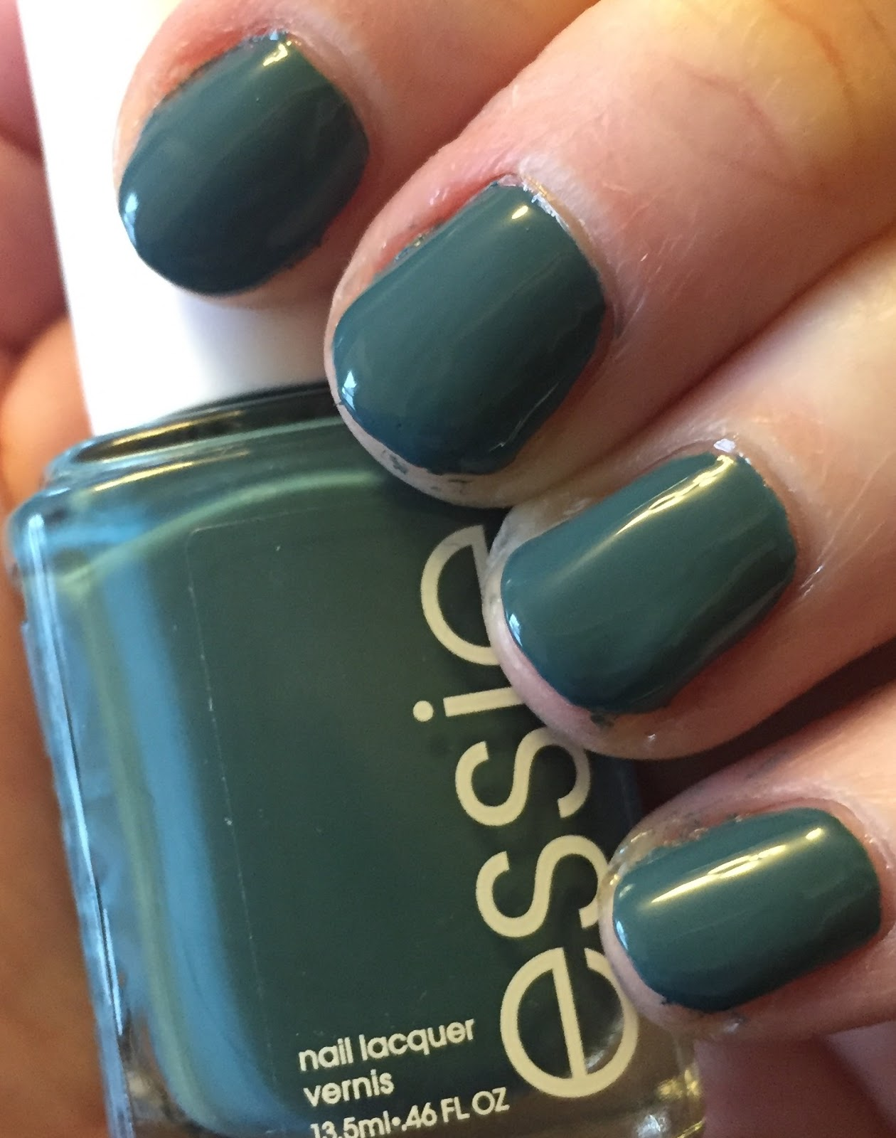 The Beauty of Life: #ManiMonday: Essie Pool Side Service from the ...