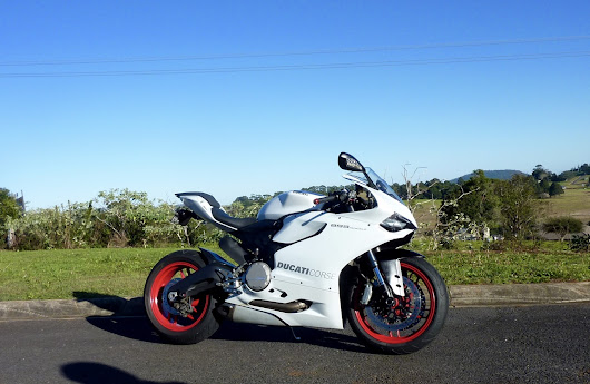 Ducati Panigale — Fixing Brakes & Rid... Kicking Ass.