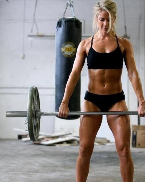Deadlift: A Must Do Exercise – Benefits & How To Do It Right