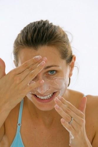 ทำความสะอาดหน้า ป้องกันการเกิดสิวอุดตัน