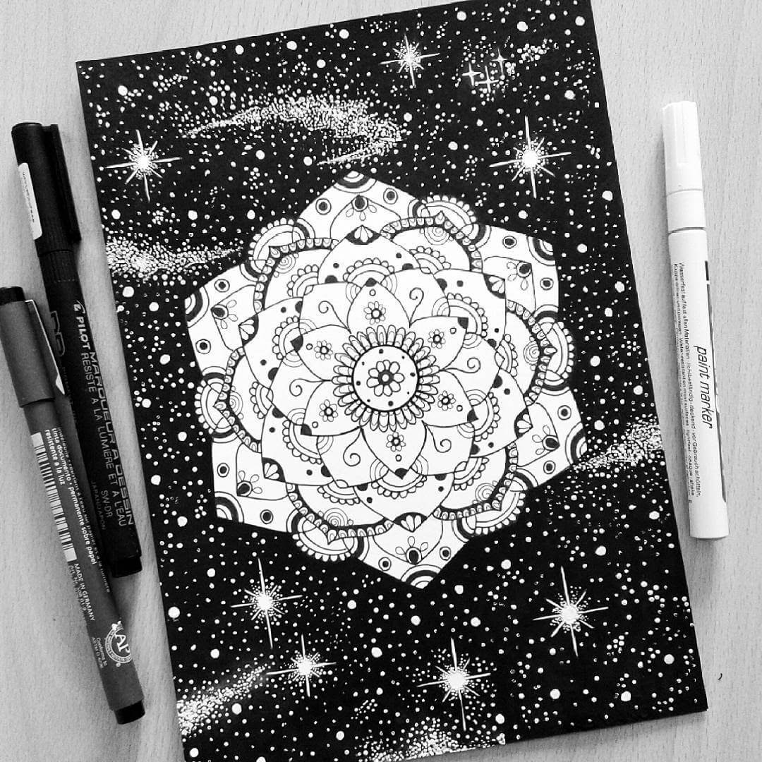07-Marta-Felicioni-Mandalas-Mixed-with-Fantasy-Drawings-www-designstack-co