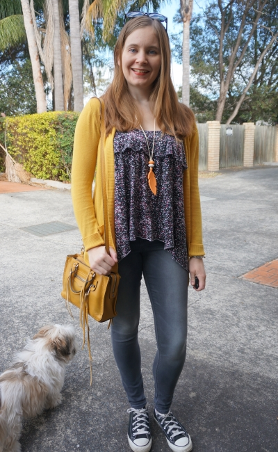 mustard yellow cardigan micro Regan bag skinny jeans converse floral tank | Away From Blue