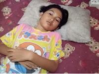 """Echa 'Si Putri Tidur' Dari Indonesia, Begini Kondisinya Setelah Tidur Selama 13 Hari, Ayah: """"Lebih Baik Ia Tidur Lagi"""""""