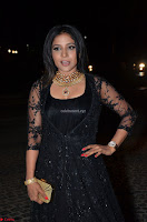 Sakshi Agarwal looks stunning in all black gown at 64th Jio Filmfare Awards South ~  Exclusive 109.JPG