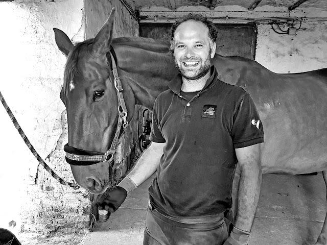 Portraits Photos de Thomas Morret, Maréchal Ferrant par Ben Heine - Woody Horse Concept