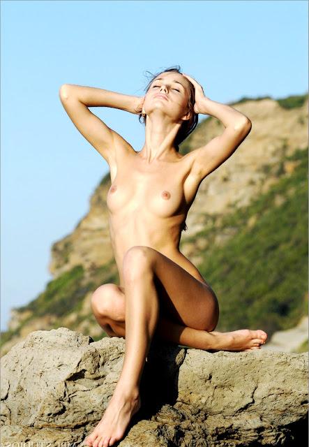www.eroticaxxx.ru - Красивая эротика с Аней (Erotic Mpl Studios)