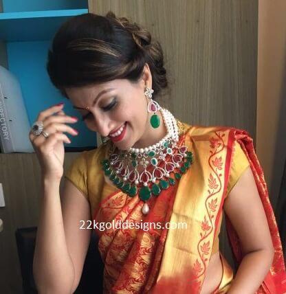 Hamsa Nandini in Bridal Necklace