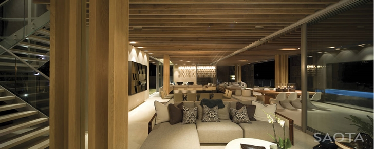 Interiors of African modern villa in Durban by SAOTA
