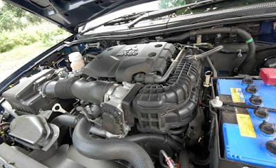 Foto Mesin Mitsubishi Pajero Sport Gen1 Bensin V6