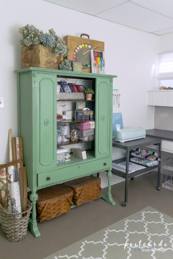 create a craft studio in a basement
