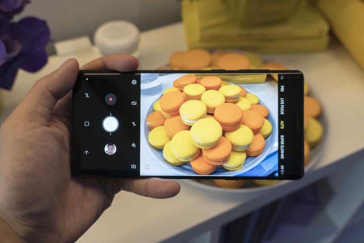 The Samsung Galaxy Note 9 Vs The Samsung Galaxy Note 8 Cameras