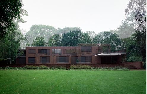 Villa del fabricante de seda hermann lange mies van der for Casa minimalista de mies van der rohe