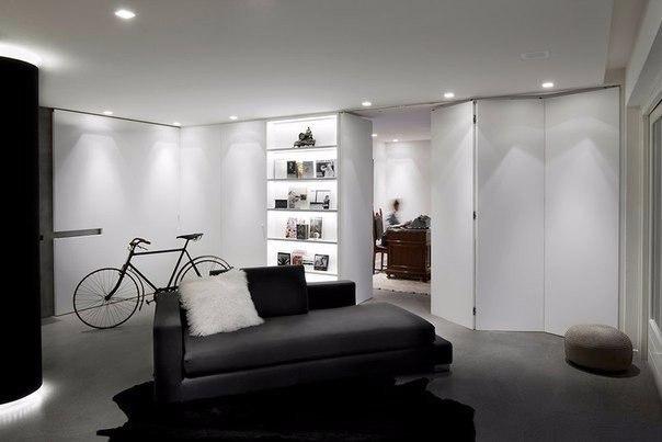 гостиная loft с раздвижными дверями