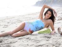 Kendall Jenner – Agua Bendita Swimwear Models