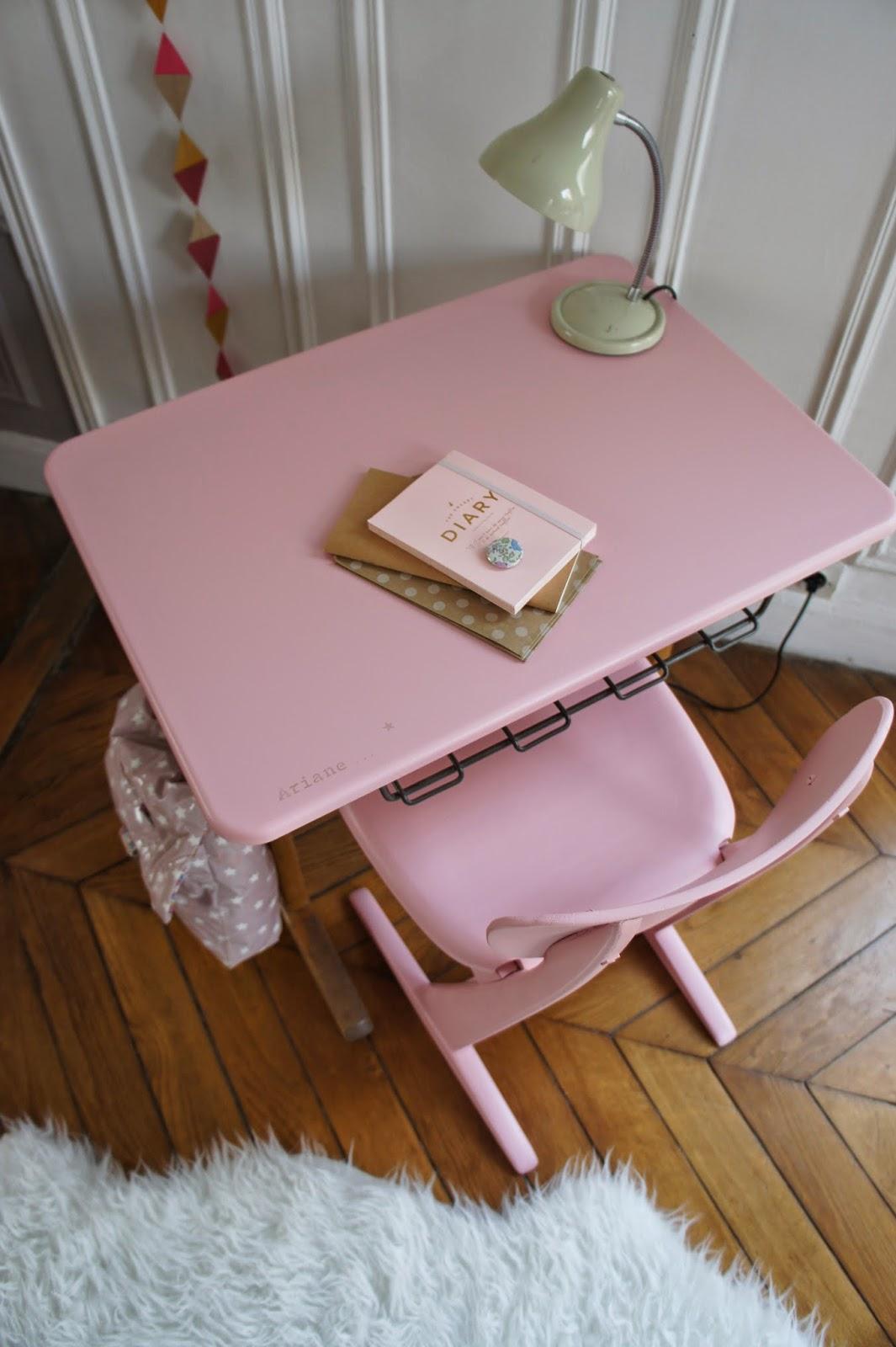 atelier petit toit l 39 ensemble bureau et chaise casala d 39 ariane. Black Bedroom Furniture Sets. Home Design Ideas