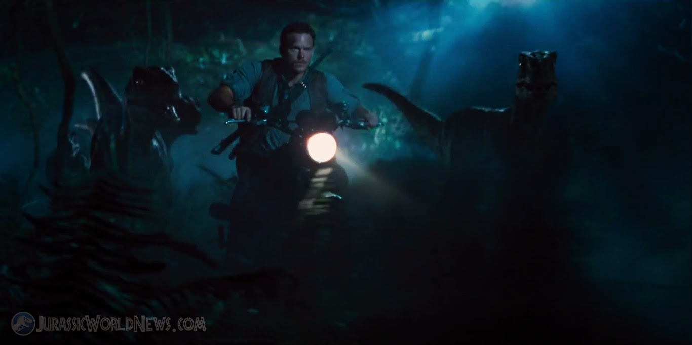 Fashion and Action: First Trailer for 'Jurassic World