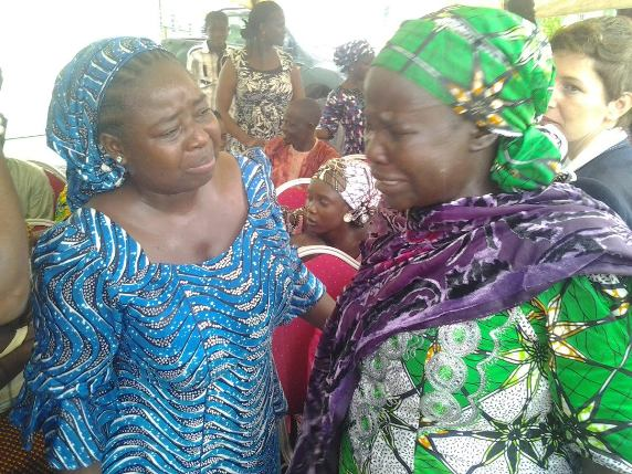 Photo: Chibok mother weeps as her daughter is yet to return