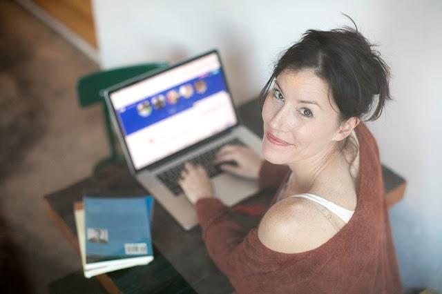 NMHH: 11 százalékkal csökkentek az internetárak tavaly