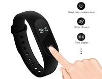 Mi Band 2: il FitBand migliore che funziona come smartwatch a soli 20 Euro