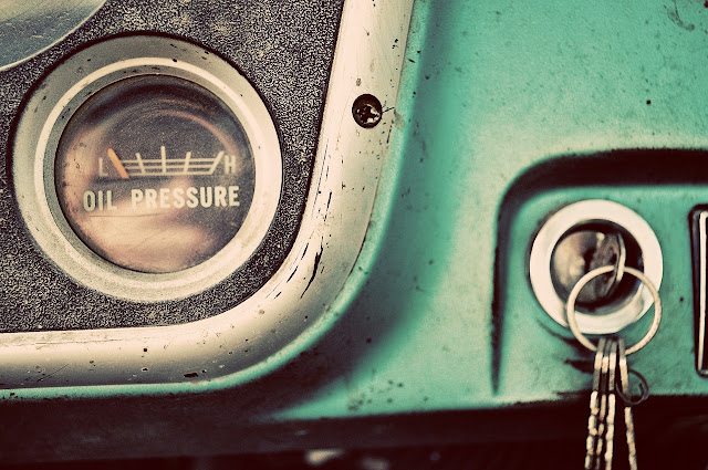 caminhão-antigo-painel-chave