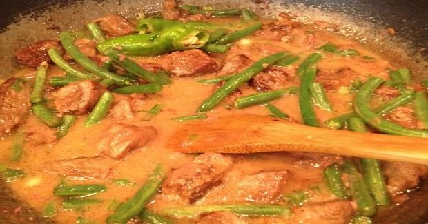 Binagoongan (Shrimp Paste) Recipe