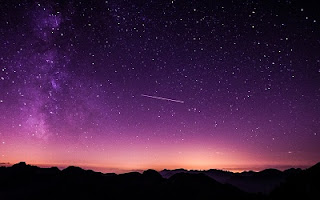 Cielo stellato viola
