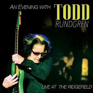 """Το βίντεο του Todd Rundgren με την live εκτέλεση του τραγουδιού """"Black and White"""""""