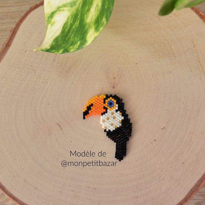 Toucan Miyuki modèle de Mon Petit Bazar, tissé en peyote par Hello c'est Marine