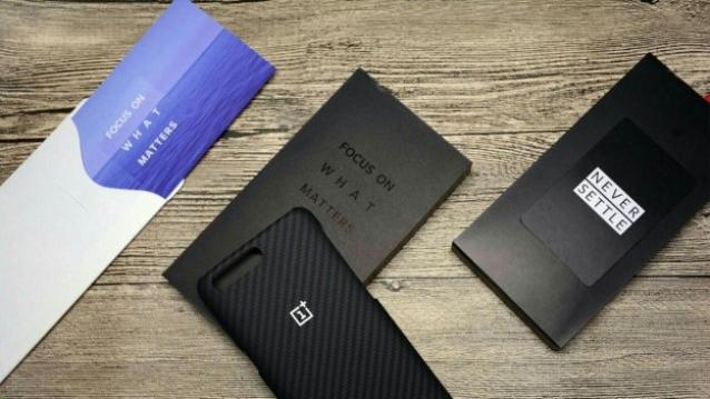Images of OnePlus 5 retail box and cases leaked online
