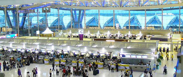 Bangkok Suvarnabhmi Airport Architecture (1)