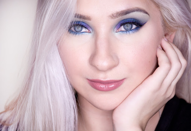 makeup revolution mermaids vs unicorns blue eyeshadow makeup