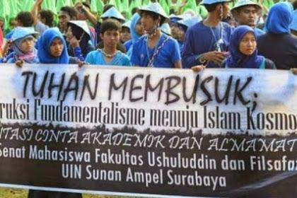 """Mahasiswa Islam berteriak """"Tuhan Membusuk"""" Error !?"""