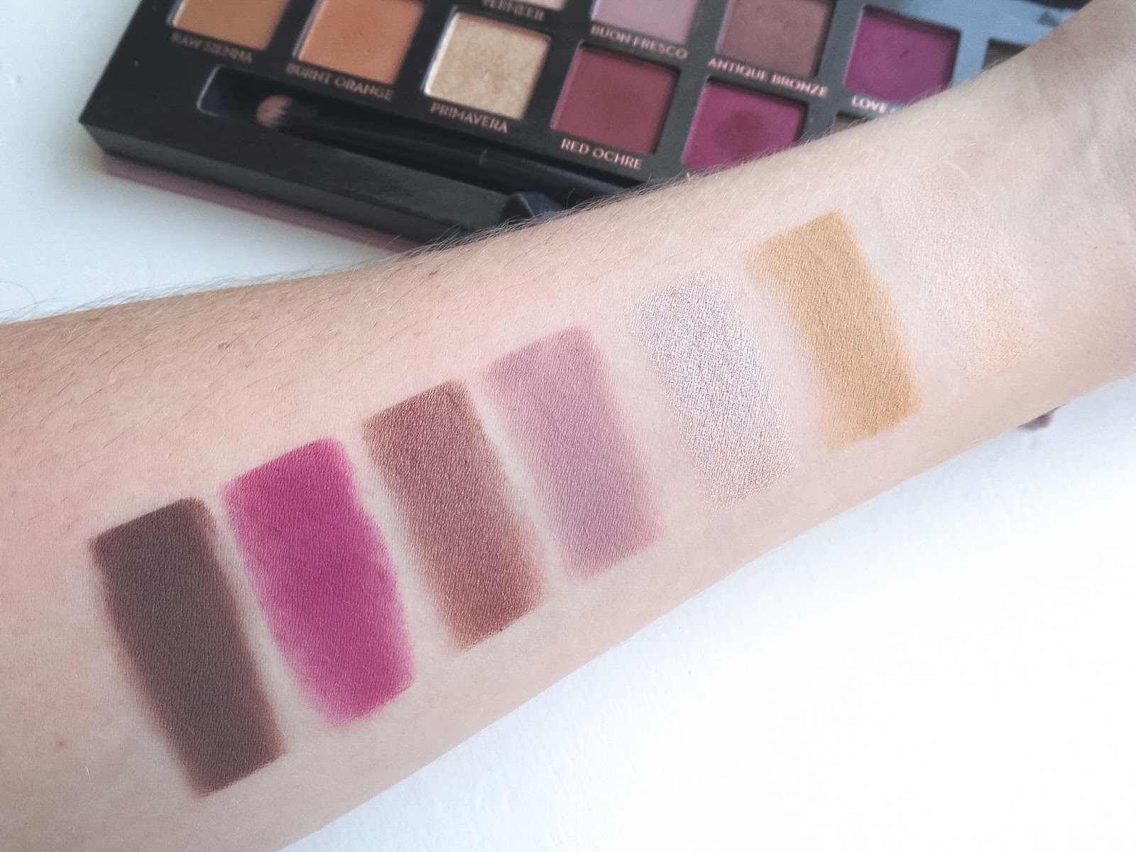 Modern Renaissance Eyeshadow Palette by Anastasia Beverly Hills #9