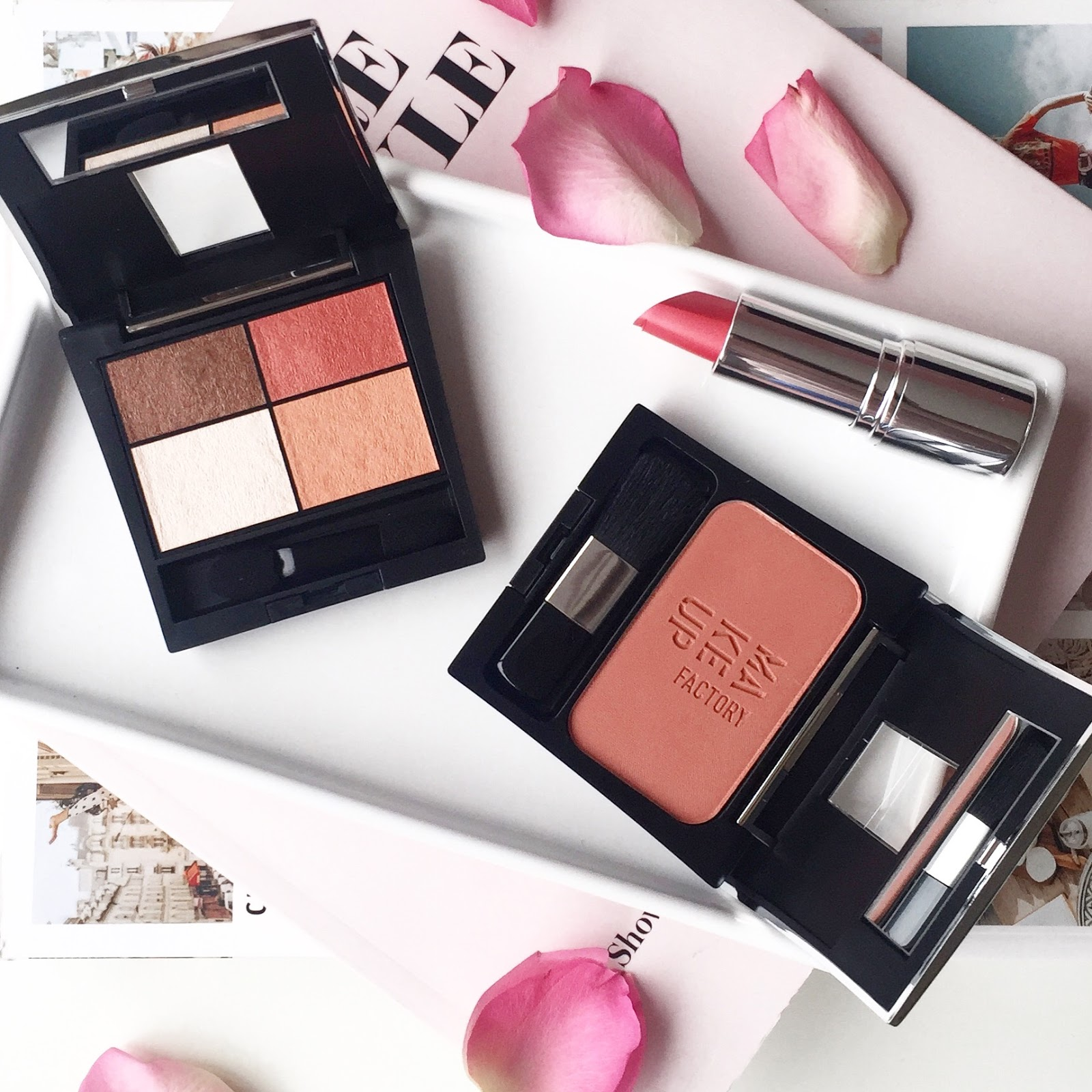 MAKEUP FACTORY LIVING CORAL COLLECTIE | The Pastel Suitcase