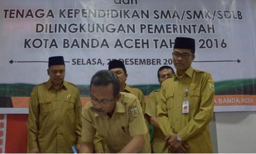 Mulai 2017, 1155 Guru SMA Sederajat Kota Banda Aceh Jadi Pegawai Provinsi