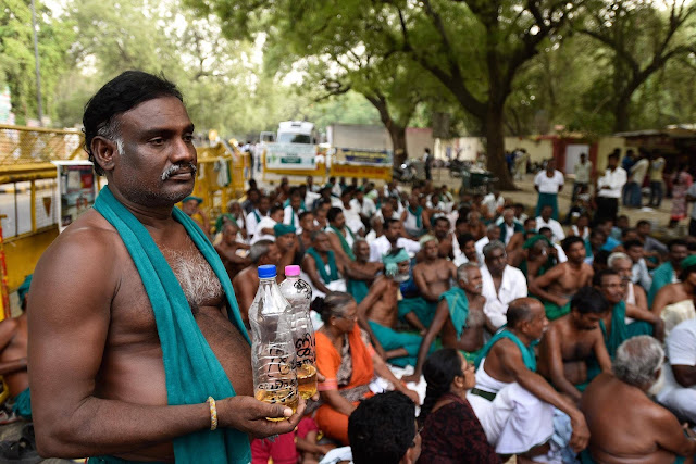 Desperate drought-hit Indian farmers drink urine in protest to local authorities