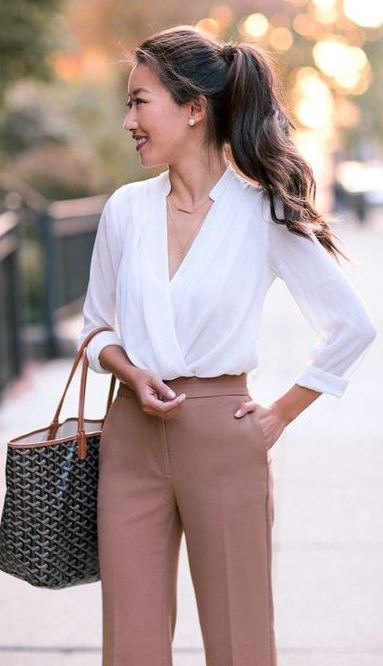 CLASSIC IN CAMEL_shirt + bag + nude pants