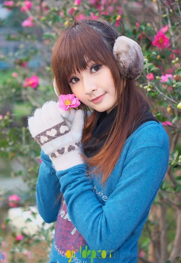 Cùng ngắm cô giáo Miyo Ikara xinh đẹp