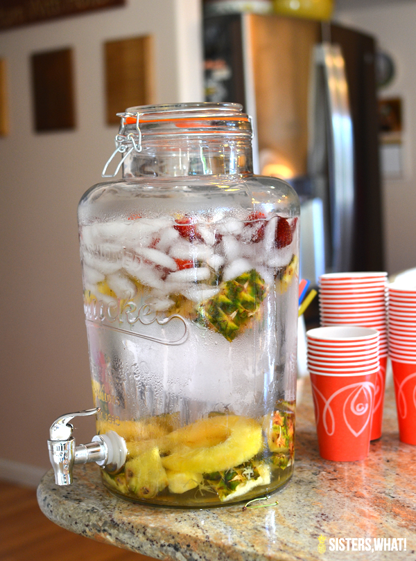 Pineapple and strawberry water