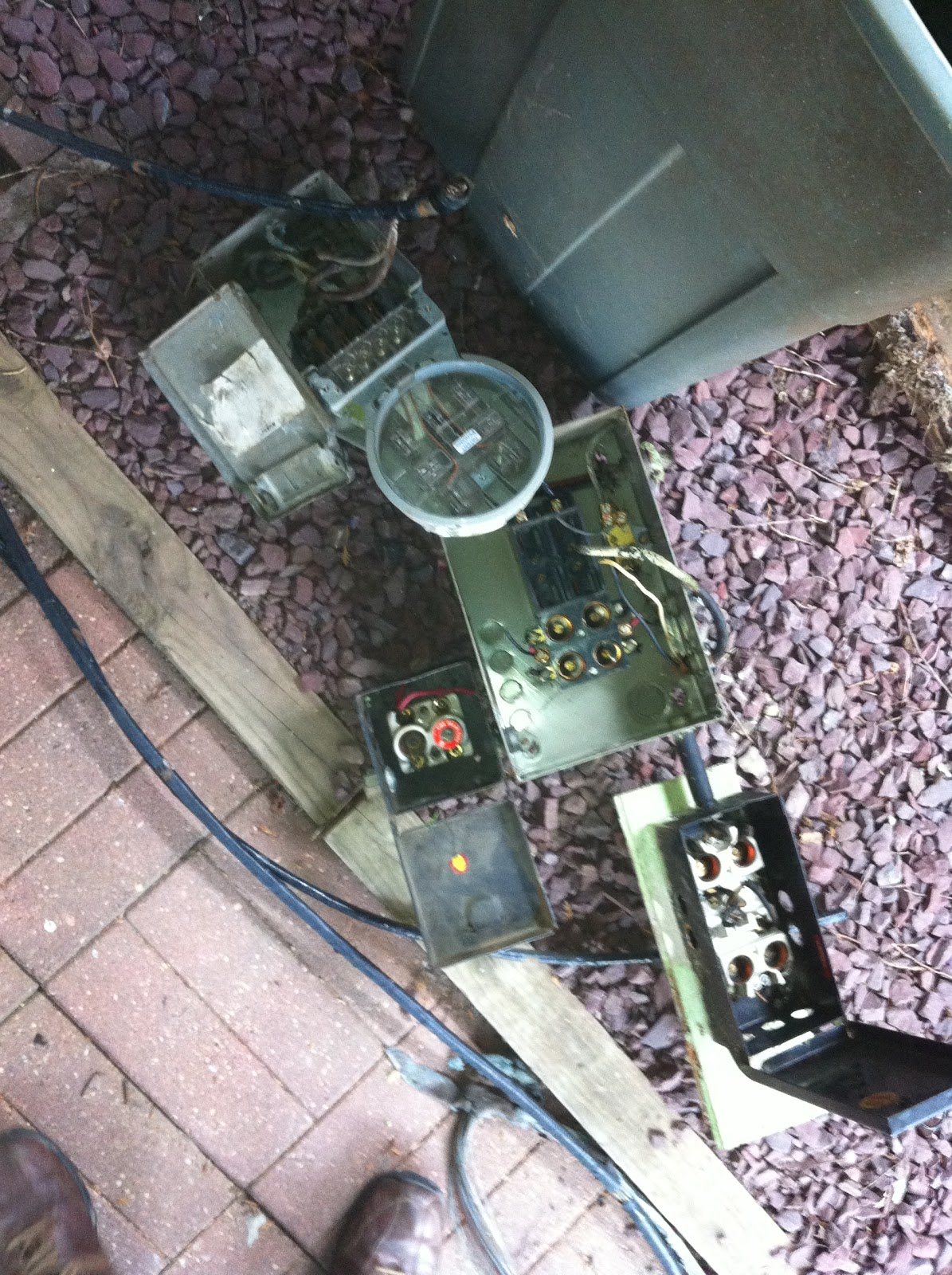 General Electric Panel Boxes Electrical As Well Home At Night With