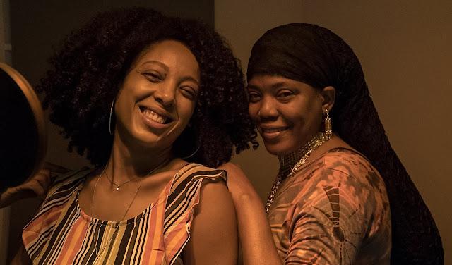 Negra Li grava participação para o álbum da cantora caribenha de reggae Dezarie
