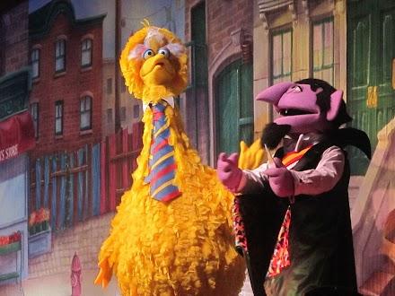 Big Bird, also Bibo in Beastie Boys Sabotage | MashUp des Tages