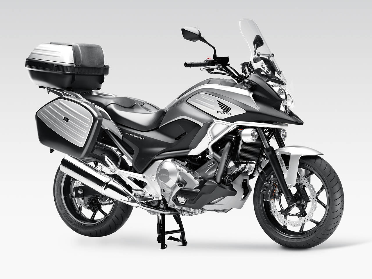 we are brothers we are bikerz honda ncx700 nc700s review. Black Bedroom Furniture Sets. Home Design Ideas